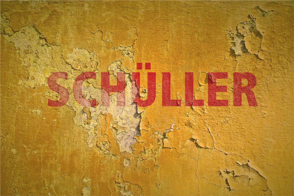 schueller_wand.jpg